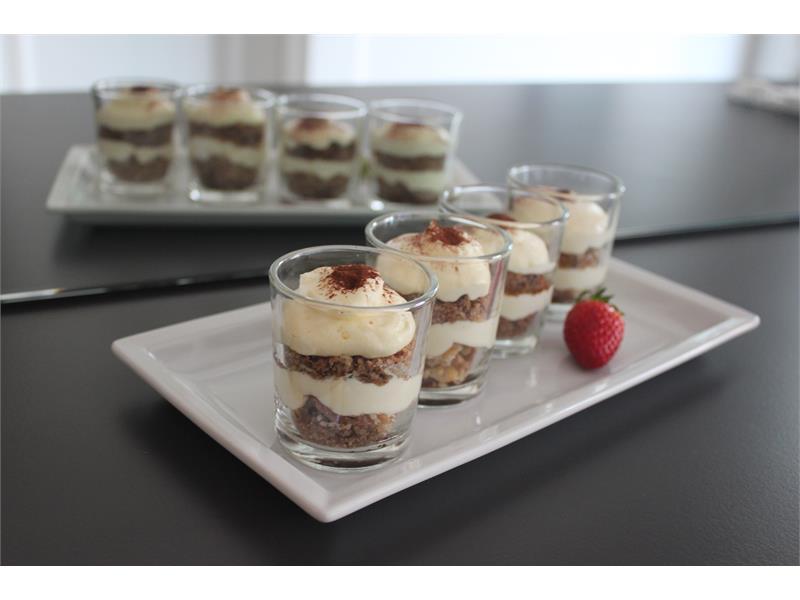 Frühstücksbuffet - Hausgemachtes Tiramisu
