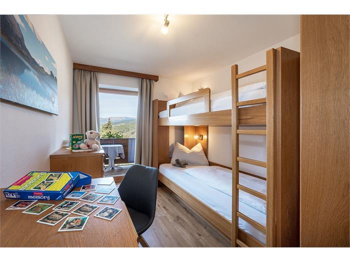 Schlafzimmer 2 App. Enzian