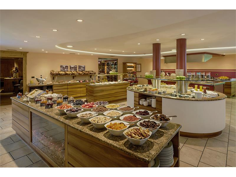 Lavish breakfast buffet - for a good start into the day