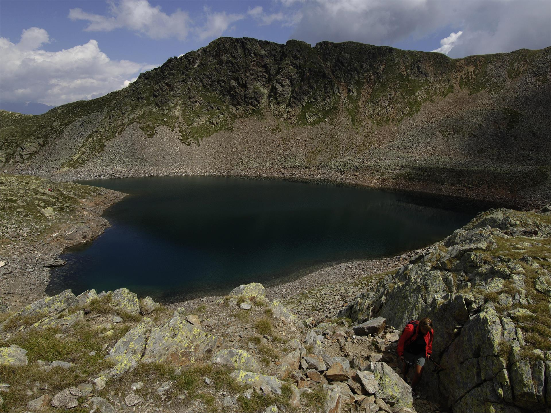 Plomboden lakes circular hike