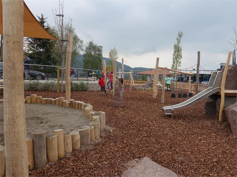 Spielplatz an der Bergstation der Seilbahn Burgstall-Vöran