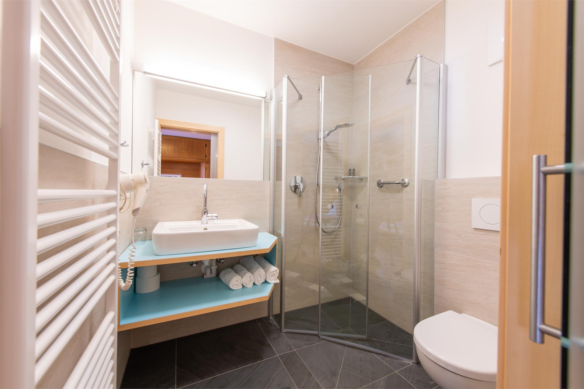 Dusche WC Einzelzimmer
