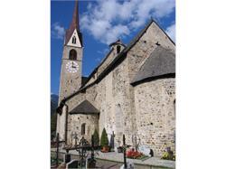 Romanische Pfarrkirche in Gais