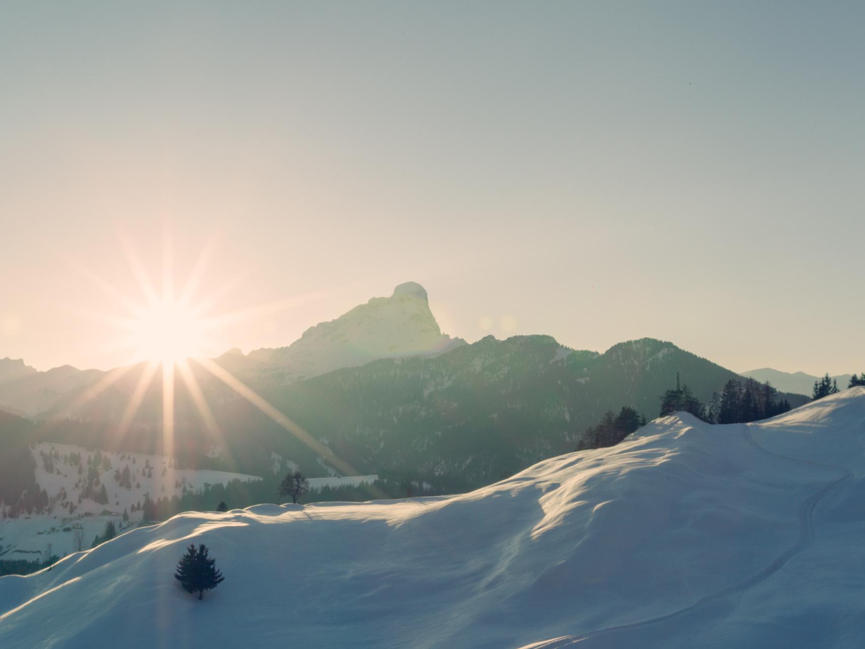 Snowshoe Hike Spëscia – Sas dla Crusc/Sasso di Santa Croce