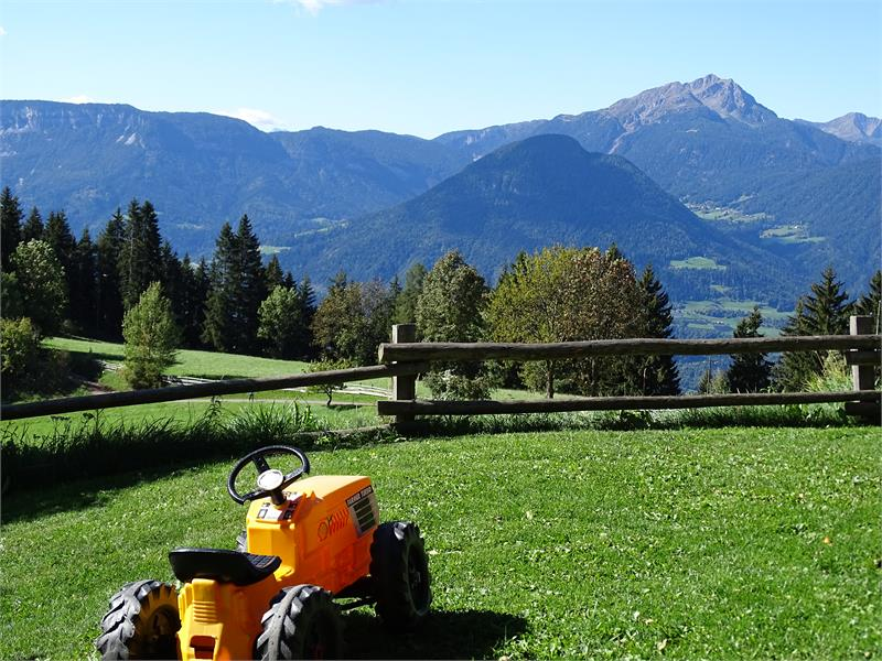 Holidays on Rotsteinhof farm in Verano/Vöran, South Tyrol
