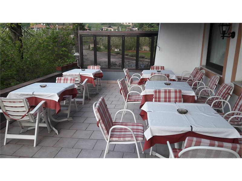 terrazza aperta colazione