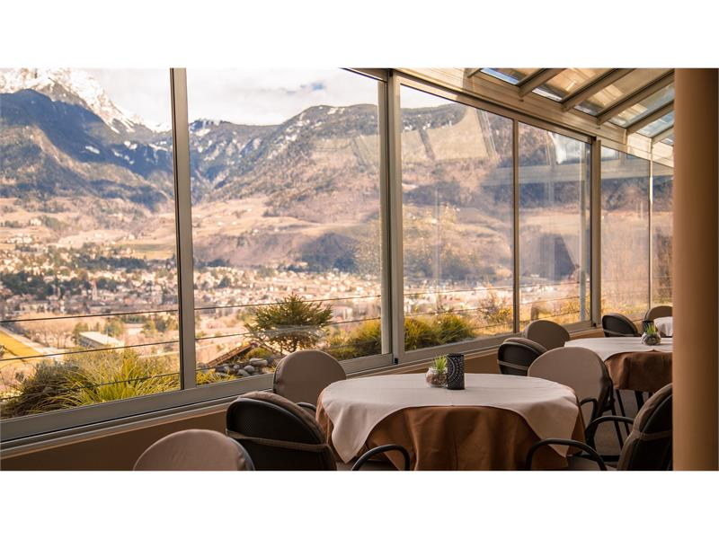 Dining room with panoramic view