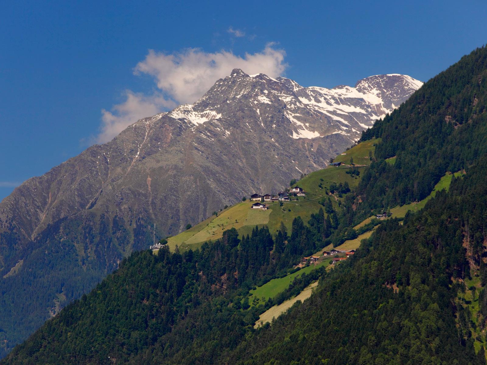 Mountain Hike to the Tschigot Peak