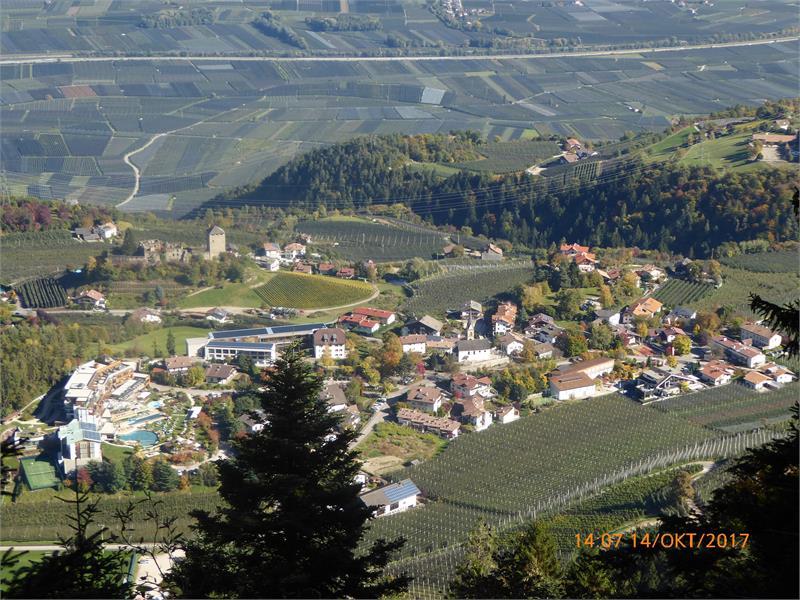 Dorfzentrum Voellan