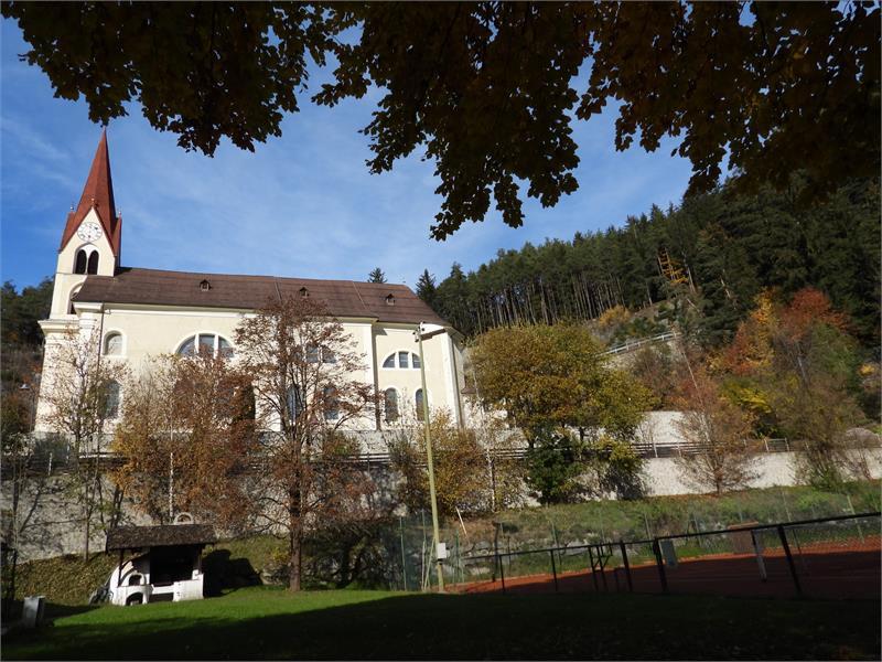 Kirche Kiens Herbst 1