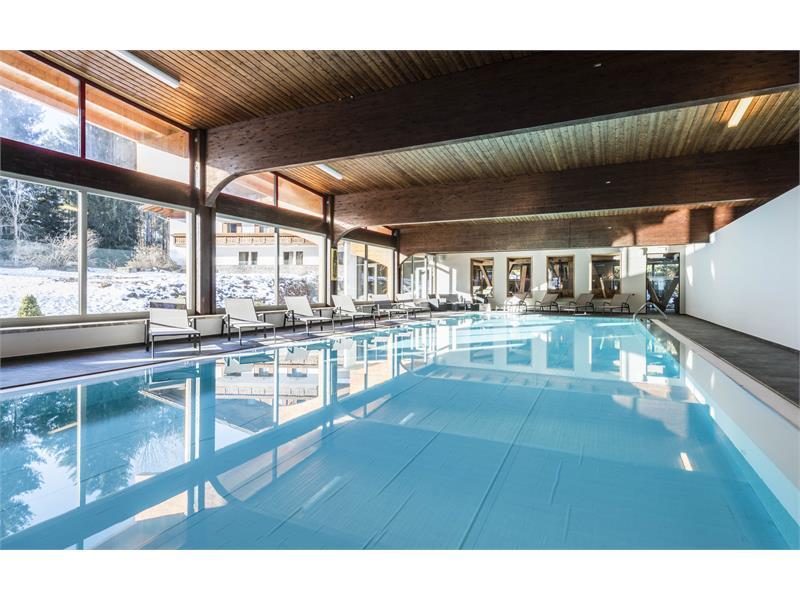 Piscina coperta 7x17m nel Hotel Waldsee-Fié allo Sciliar