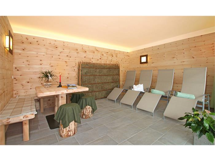 rest room (sauna)