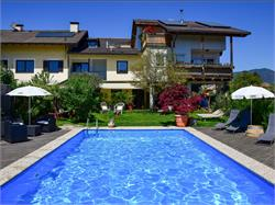 Ferienwohnungen Haus Mathà