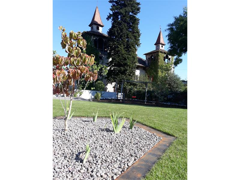 Residence Adler - Small play ground with view to Castle Fahlburg