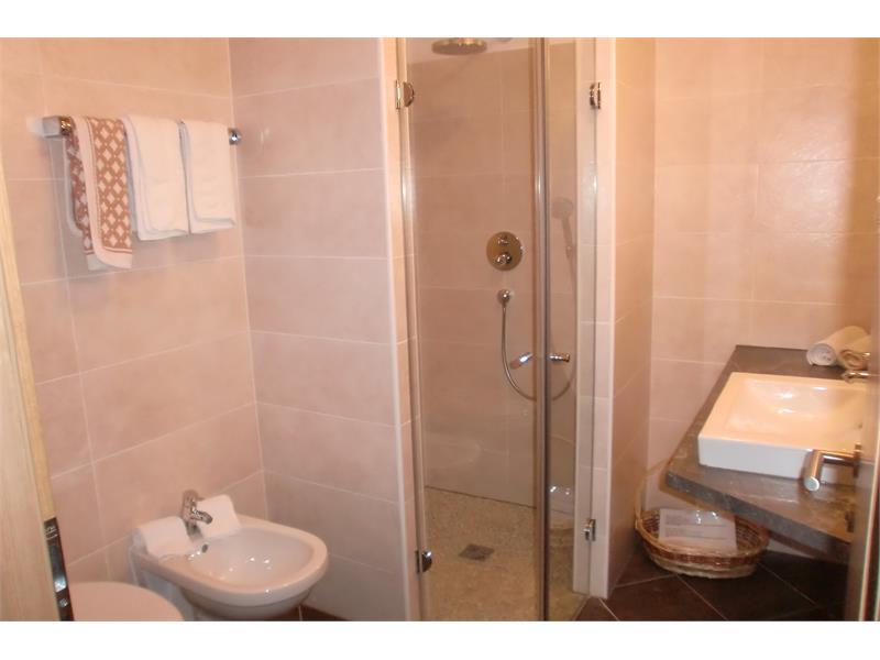 Aparthotel Viktoria Kastelruth Seiser Alm Dolomiten Beispiel Bad Apartment Superior