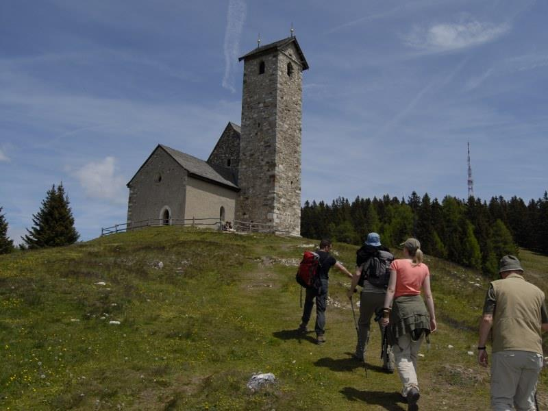 Monte S. Vigilio/Vigiljoch to Colle Scabro/Rauher Bühel