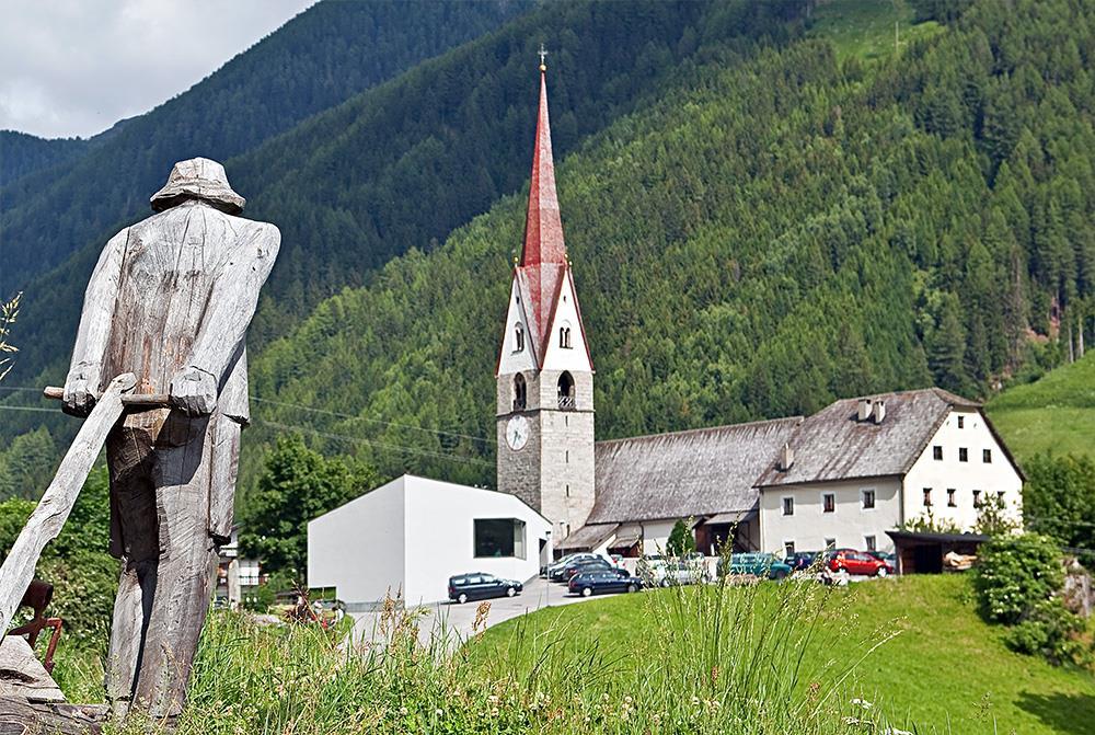 Church of St. James the Elder at San Giacomo-St. Jakob