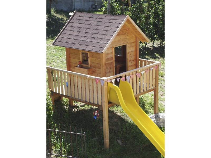 Play house with a slide for children