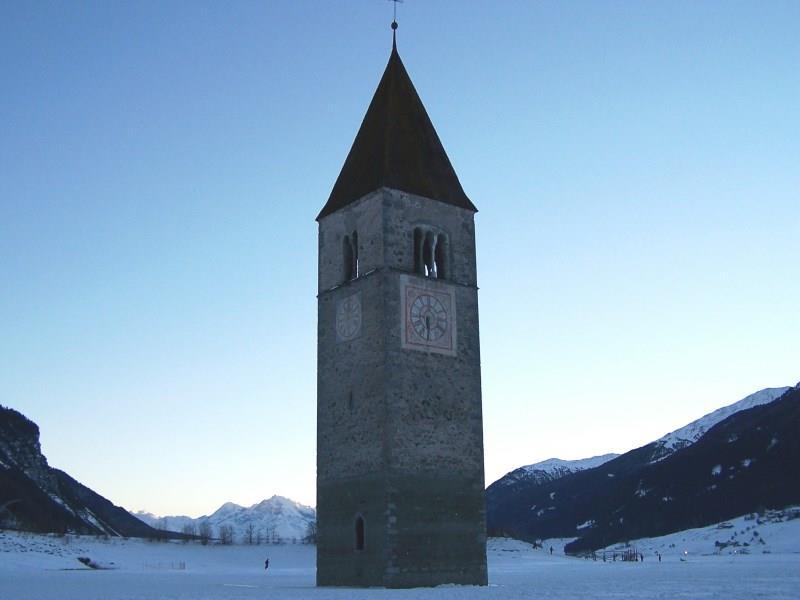 campanile nel lago di Resia