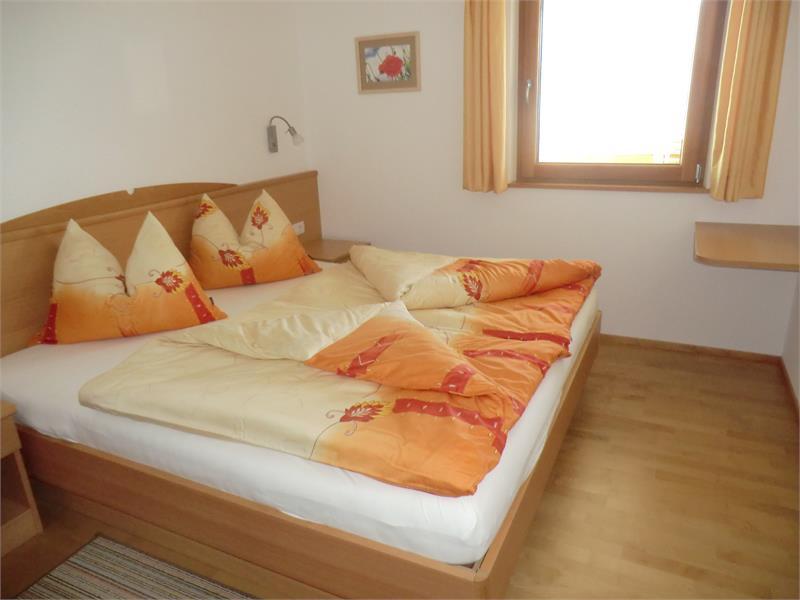 Schlafzimmer der Wohnung Talblick_2