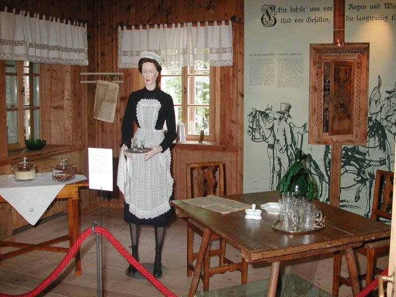 "Tourism Museum of the Upper Puster Valley ""Haus Wassermann"""
