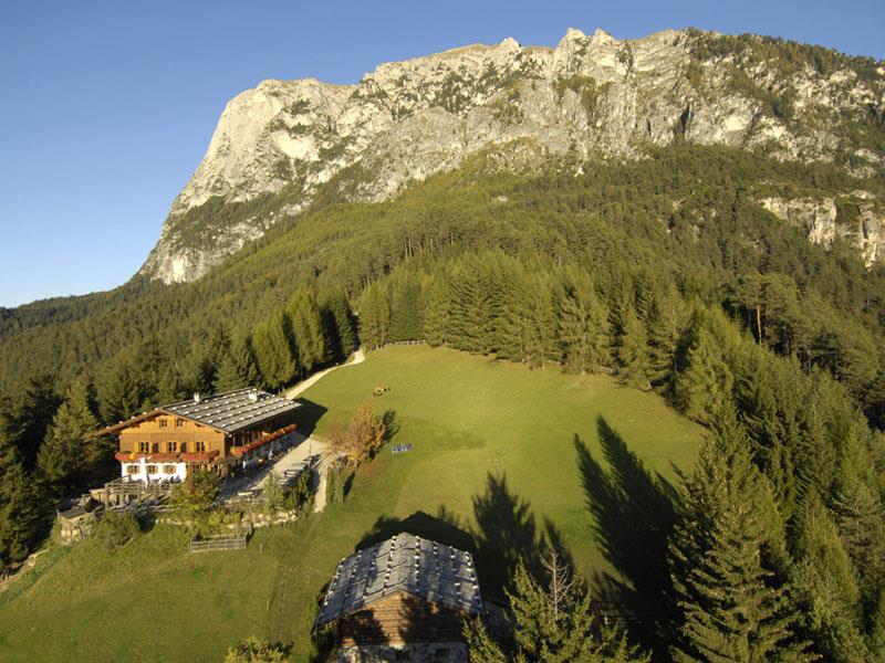 Hike to the Hofer Alpl and the Malga Tuff/Tuff Alm Huts