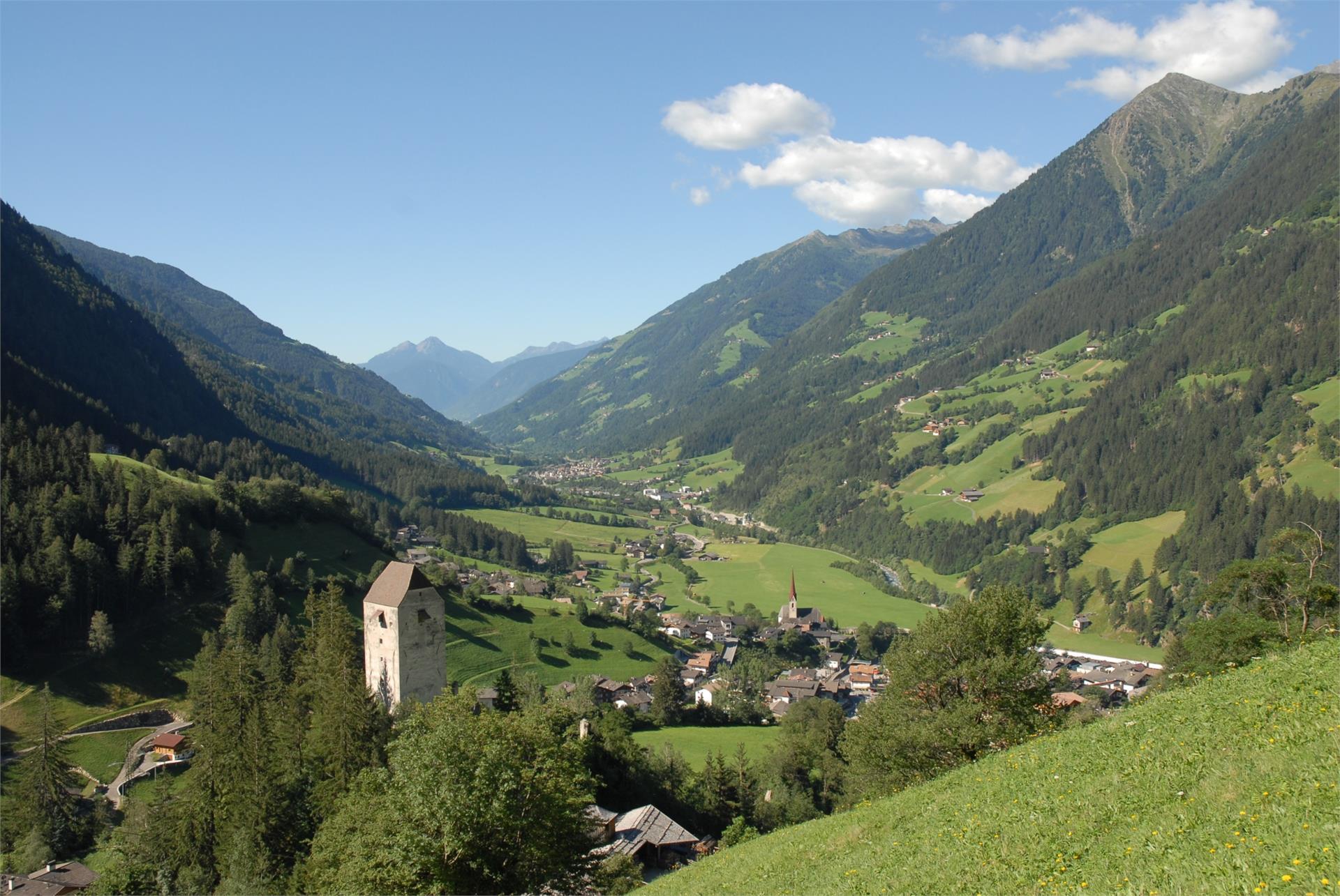 Jaufenburg in S. Leoanardo / St. Leonhard