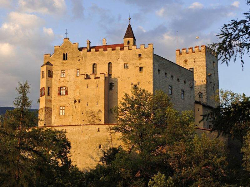 Bruneck Castle