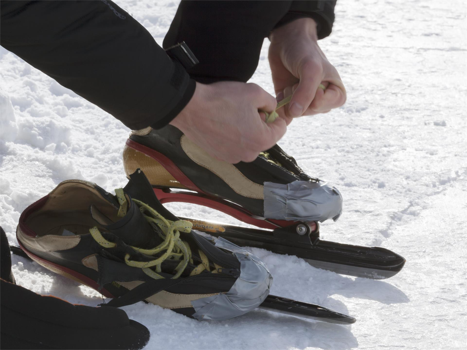 Ice-skating on the hill of Tarces