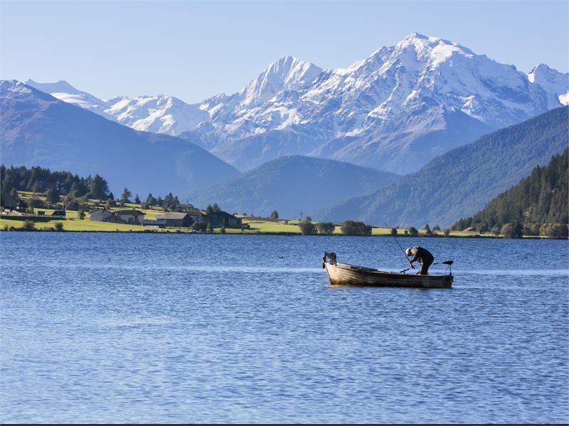 Pescare sul Lago San Valentino