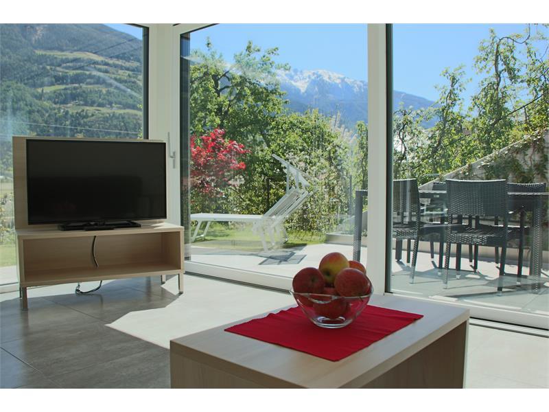 Vista panoramicha della stanza soggiorno