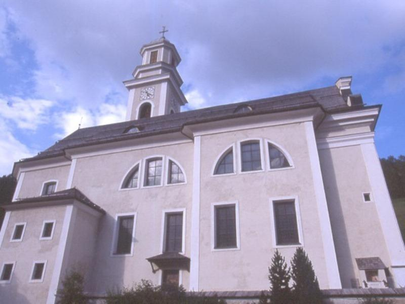 Peter and Paulus Parish Church in Sesto/Sexten