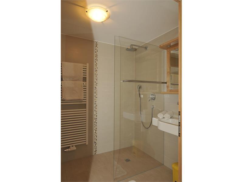 Bathroom; apartment Wiese