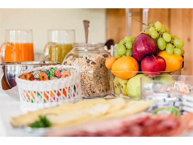 Breakfast buffet - detail