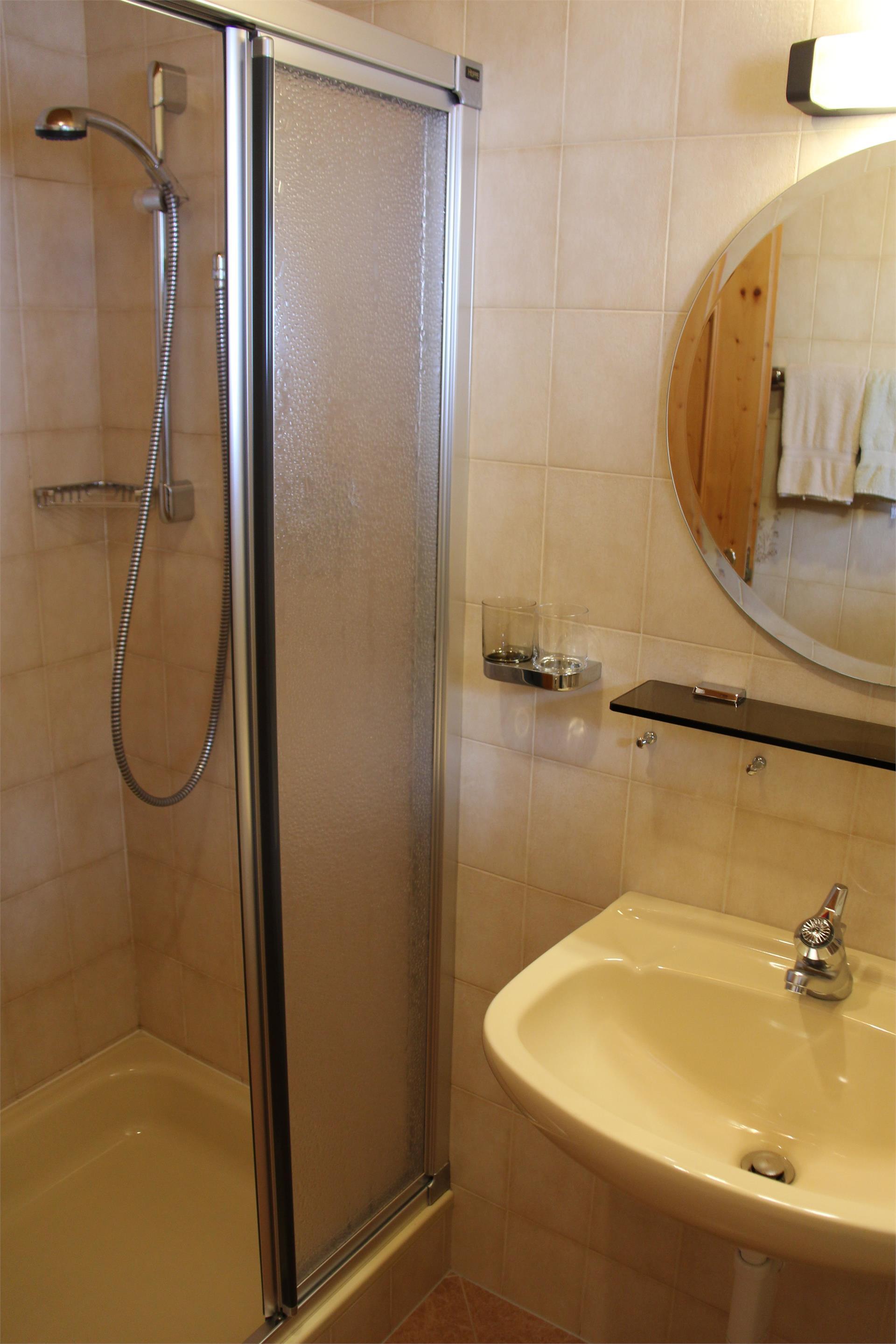 Badezimmer/Zimmer Typ A