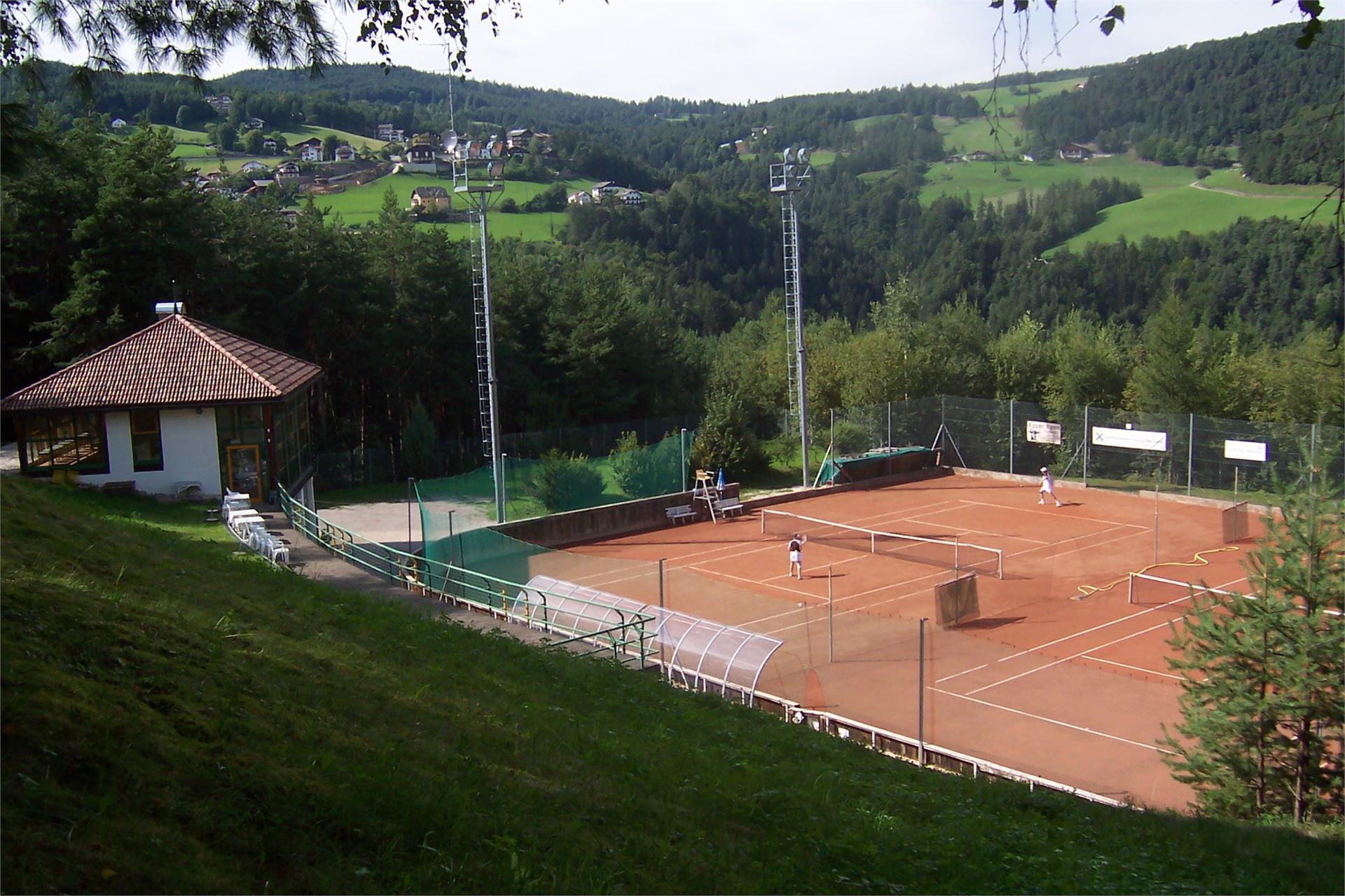 Tennis court San Genesio/Jenesien