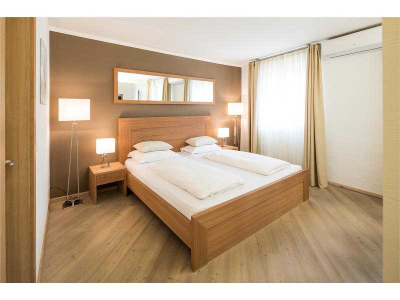 ROSENBAUM Suite