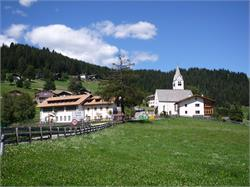 Chiesa parrocchiale di Valas