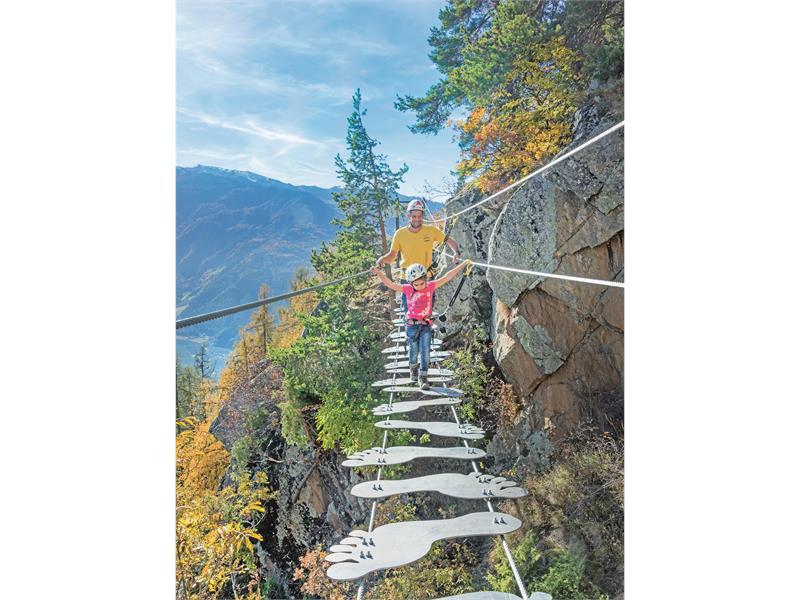 Klettersteig Naturns Knott : Klettersteig knott unterstell in naturns roter hahn