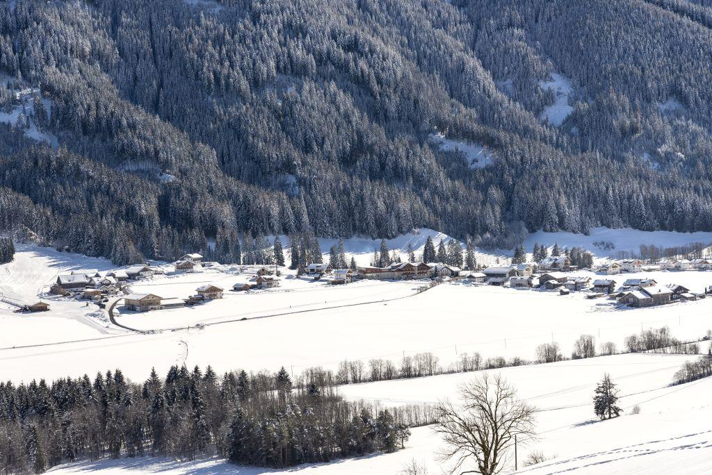Winter walking tour in Colle/Valle di Casies
