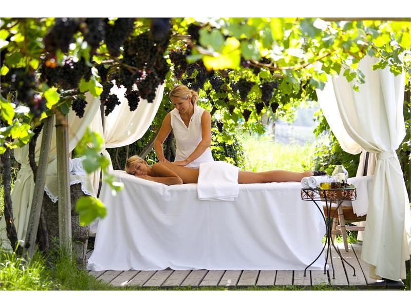 Massage in the vine yard