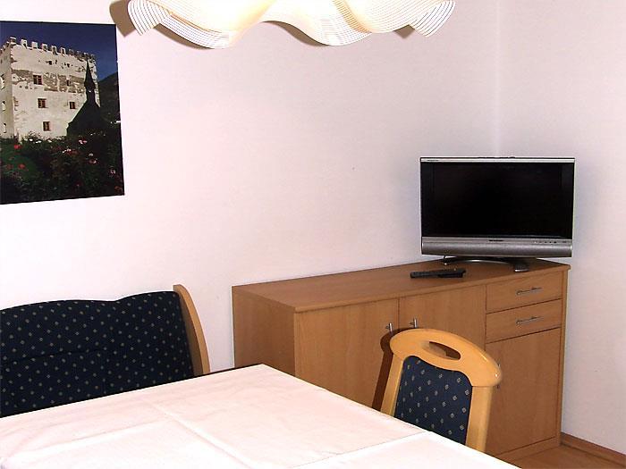 Residence Gamperhof - Ferienwohnung A - Wohnraum & Küche