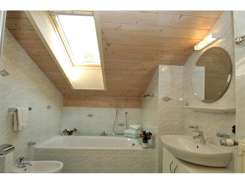 Hauenstein - Bath