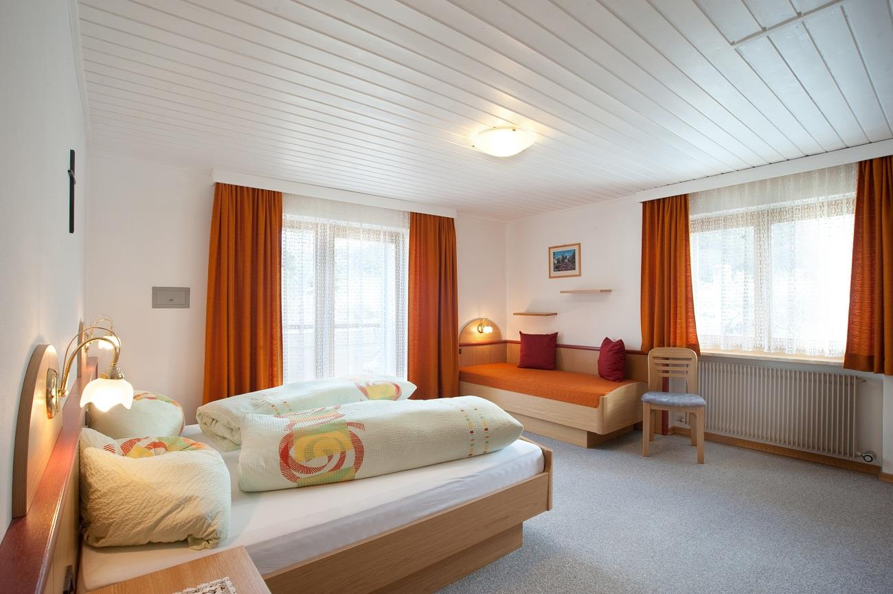 Camera da letto dell'appartamento per 2-4 persone