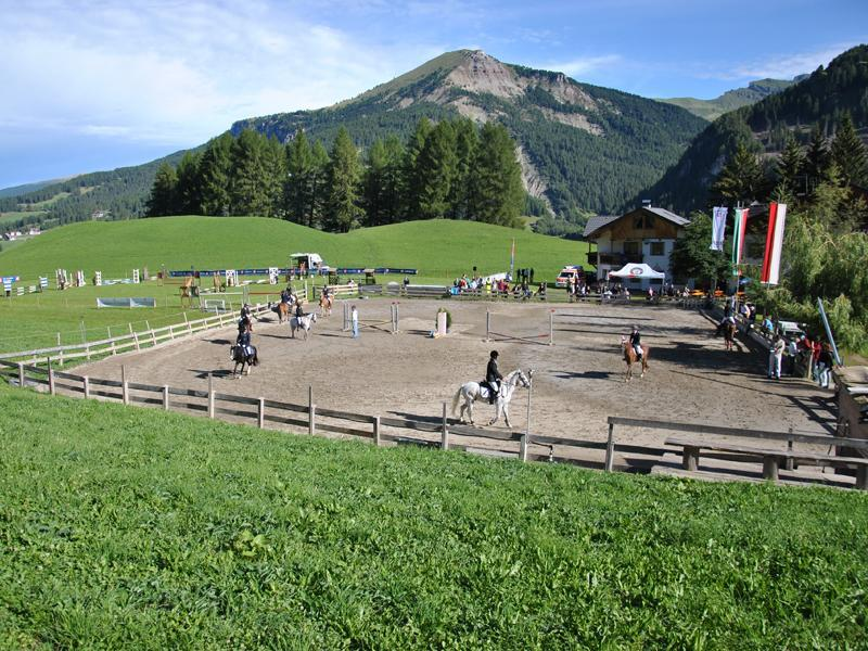 Pozzamanigoni FISE Horse-riding School