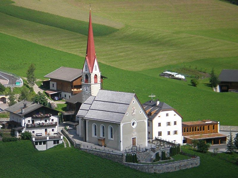 Lappach/Lapago - Church of St. Agnes