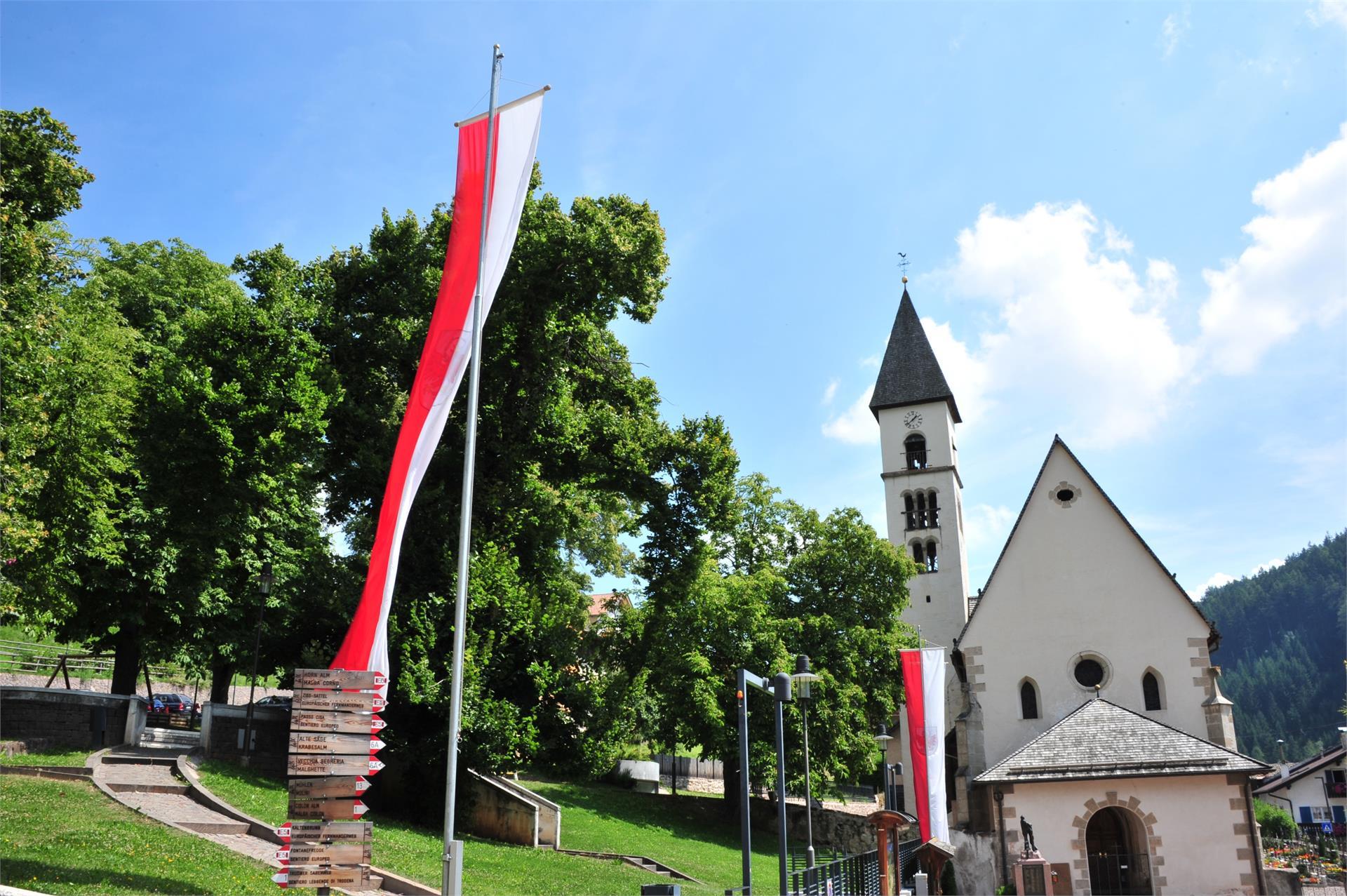Church square Trodena /Truden