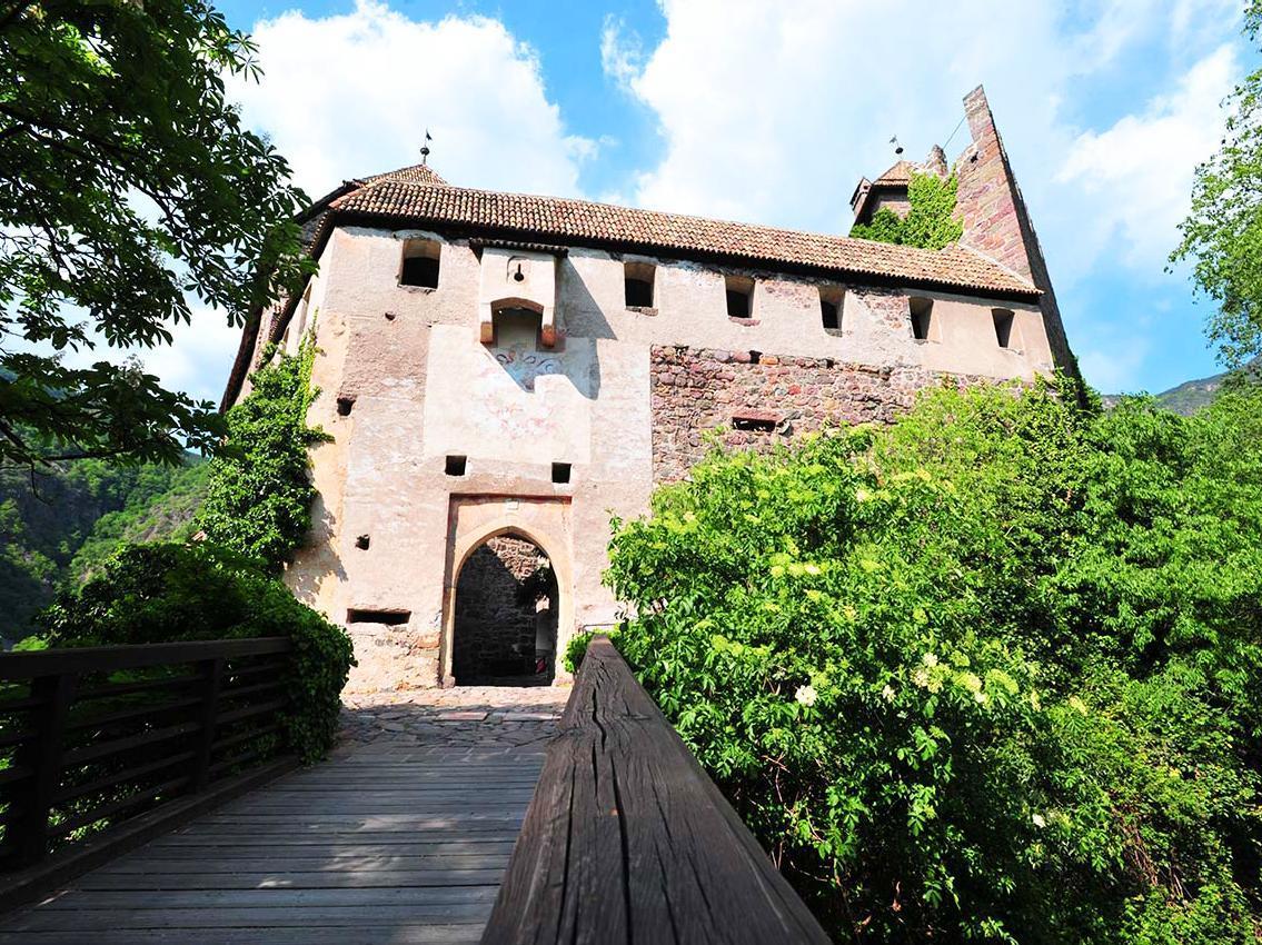 Burgenweg Schloss Runkelstein 2 Bozen Jenesien