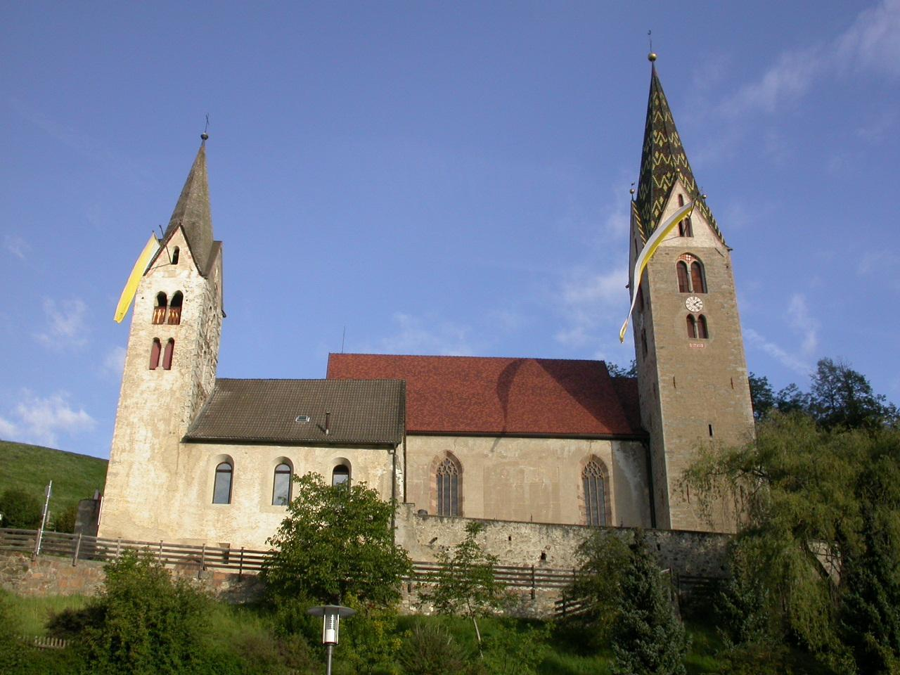 St. Michaelskirche am Friedhof in Villanders