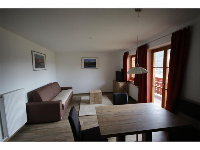 APP 2 - Living room